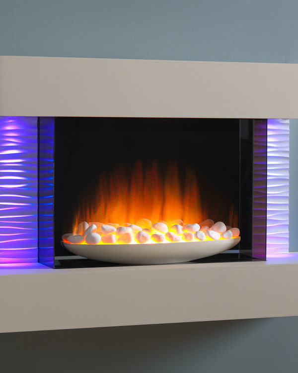 Flamerite Fires Luma 900 Wall Mounted Electric Suite